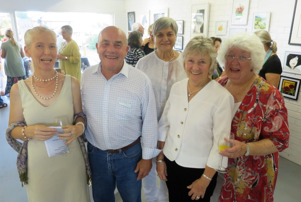 SoART Art 4 Arts - 1 Phil,C with four exhibitionists Natasha, Margaret, Margie and felicity